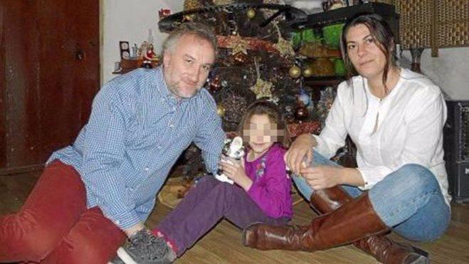 Nadia tenía seis años en las imágenes porno halladas en un 'pendrive' de su padre