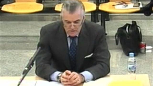 Bárcenas dice que fue Rajoy quien ordenó cortar con Correa