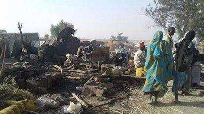 100 muertos en un bombardeo contra un campamento de Nigeria