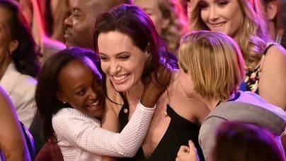 Angelina Jolie y su hija adoptiva Zahara