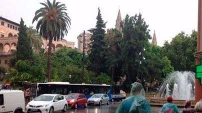 La lluvia amenaza la Revetlla