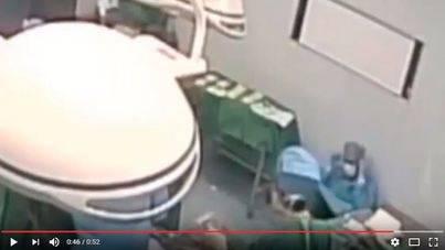 Un cirujano se desmaya tras 48 horas seguidas trabajando