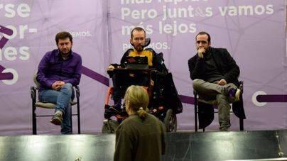 El secretario de Organización acompañado de Jarabo y López