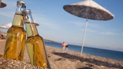El 95% de los lectores aplaude la prohibición de vidrio en las playas de Palma