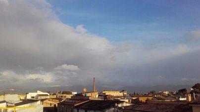 El temporal amaina aunque hoy seguirán las lluvias y vientos en Mallorca