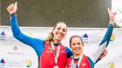 Silvia Mas y Paula Barceló.