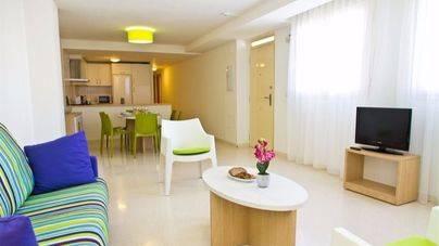 Barcelona plantea un IBI a los apartamentos turísticos