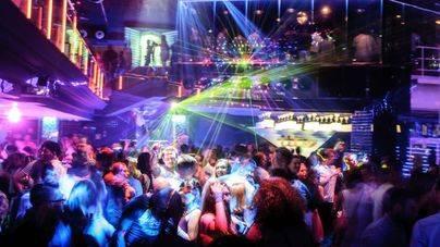 Interior de la discoteca Titos
