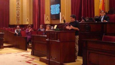 Huertas y Seijas rechazan los nuevos escaños y abandonan el Pleno