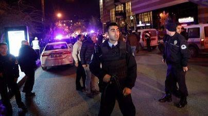 Turquía detiene a 400 presuntos integrantes del Estado Islámico