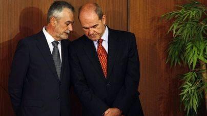 Anticorrupción rechaza imputar a Chaves y Griñán en la causa de los cursos