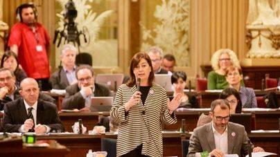Armengol reclama al PP que pida perdón por pagar campañas con fondos públicos