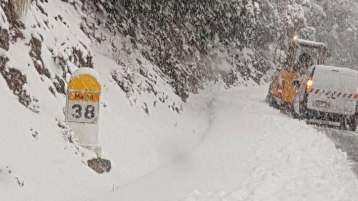 Cortadas dos carreteras de la Serra por meteorología adversa