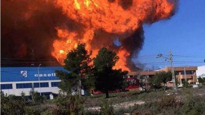 El incendio de Valencia sigue descontrolado