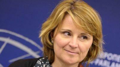 Rosa Estaràs pide a la UE una regulación sobre robótica