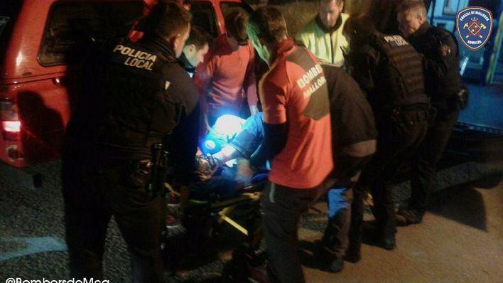 Bombers de Mallorca rescatan a un alemán herido en la Trapa