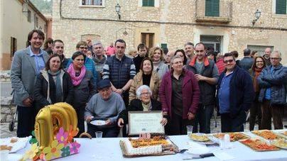 Biniamar celebra los cien años de Na Francisca Fiol Llabrés