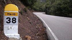 Fallece un motorista tras chocar contra un coche en la carretera de Sóller a Lluc