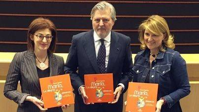 Estaràs pide al ministro la inclusión de un libro en el Plan de Lectura