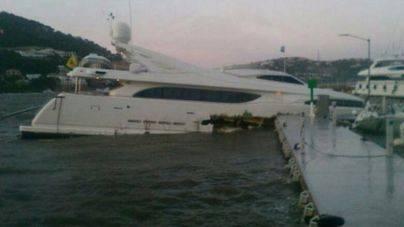 El temporal de viento hunde un yate de lujo en el Port d'Andratx