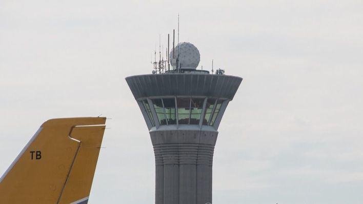 Fomento reduce un 11,5% las tarifas que cobra a las compañías aéreas y que suma a la rebaja de las tasas