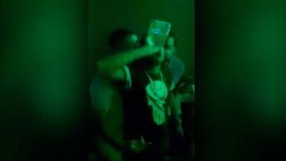 Muere tras beberse sin parar una botella de tequila por una apuesta