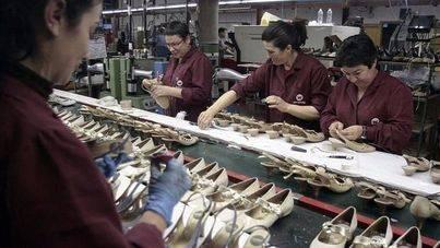 Las mujeres de Balears cobran 3.310 euros menos de media que los hombres, un 21 % menos