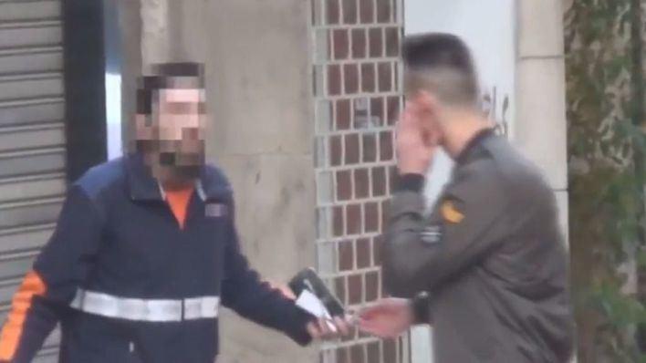 Multa de 30 euros al repartidor que pegó a Caranchoa
