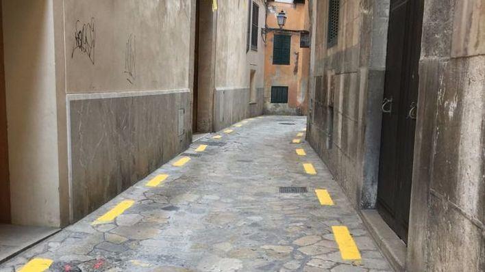 La señalización vial en la calle Almudaina reunirá a Cort y Arca