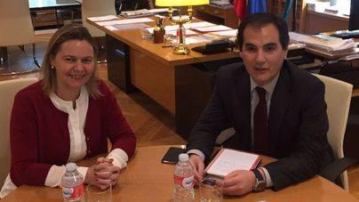 Salom solicita al secretario de Estado refuerzos de agentes para la temporada estival