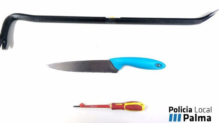 Detenido por amenazar con un cuchillo a la supuesta dueña de un piso okupado de Son Gotleu