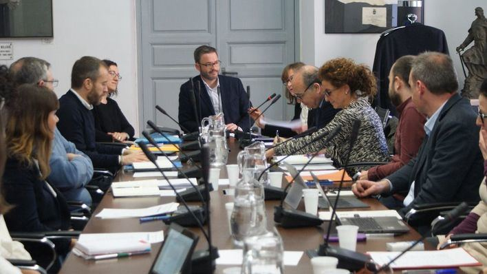 Los municipios formularán propuestas para regular el alquiler vacacional