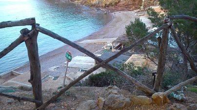 El Port des Canonge presenta un estado de abandono desde hace varios meses