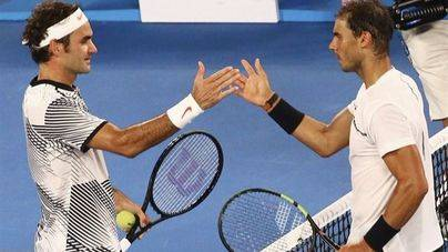 Federer arrolla a Nadal