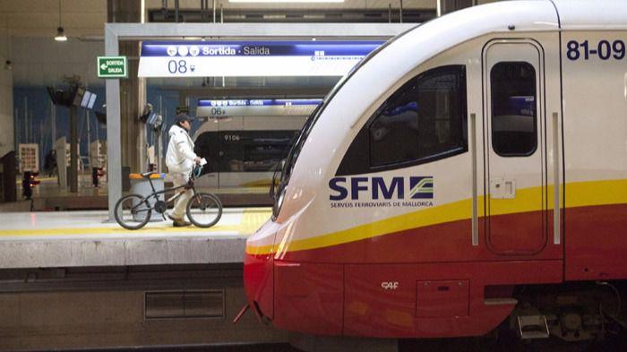 Los usuarios de SFM critican los recortes del servicio y el conflicto entre empresa y trabajadores