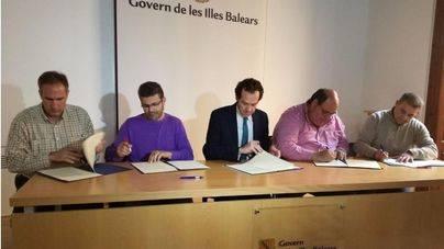 Una de las 2 grandes asociaciones del taxi se niega a firmar el acuerdo
