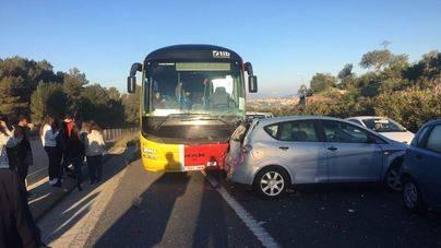 8 heridos en un aparatoso accidente múltiple en la Costa den Xorrigo