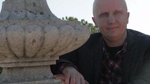 Libertad sin fianza para 'el hombre de los 2.000 tumores'