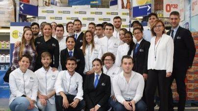 Los alumnos del IES Calvià se lucen en el showcooking de Makro