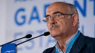 El expresidente de Murcia se va del PP dando un portazo