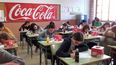 219 alumnos participan en el concurso de relato corto de Coca-cola