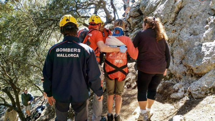 Doble rescate de los bomberos en Valldemossa y Bahía Blava