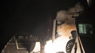 Trump bombardea la base siria desde la que se atacó a civiles con armas químicas