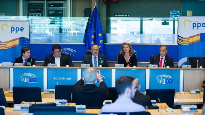 Ensenyat, Rotger y Estaràs presentan en Europa