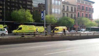Un vehículo atropella a cinco personas en Palma, cuatro leves y uno grave