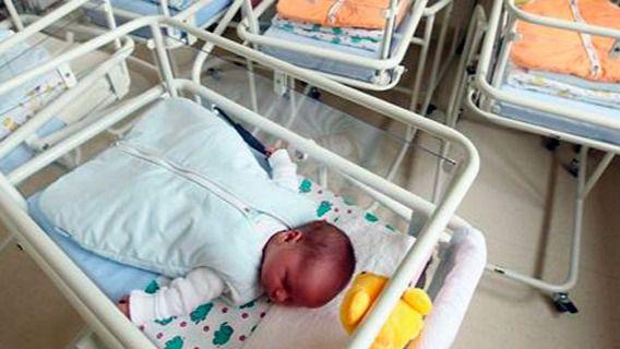 Ocho bebés fueron dados en adopción en 2016 en Balears