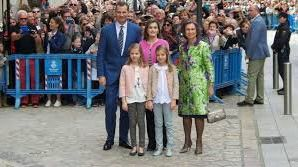 La Familia Real asiste a la Misa del Domingo de Pascua en la Catedral de Palma