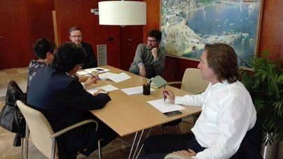 APTUR se reúne con Hila y Noguera: 'Estamos de acuerdo en que hay que regular'
