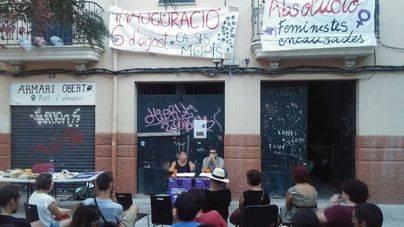 La Policía desaloja los ocupas de Ca ses Mopis en Palma