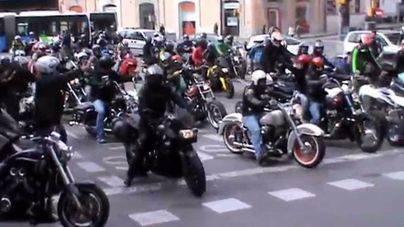 La Vuelta a Mallorca en Moto concentra a 6.000 motoristas en las carreteras de la isla